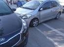 Video clip tài xế thoát chết hy hữu khi ôtô bị xe khác nổ lốp tông