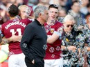 M.U thua đậm West Ham, ghế Mourinho lung lay