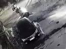 """Camera ghi hình """"quý bà"""" cào xước xe Camry báo giá sửa 24 triệu đồng"""