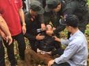Bắt nóng nghi phạm sát hại tài xế xe ôm khi đang trốn trong hang đá