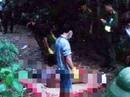 Nam thanh niên gục chết trong tư thế quỳ gối