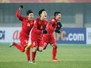 """Gia đình sang """"tiếp lửa"""" tuyển thủ U23 Việt Nam chơi trận chung kết thế nào?"""