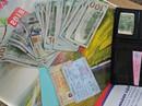 Một hành khách bỏ quên 3.000 USD trên tàu hỏa ngày cuối năm