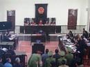"""Chủ tọa phiên tòa xử Hoàng Công Lương: Không có chứng cứ """"đầu độc, giết người"""""""