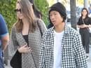 Pax Thiên sát cánh bên mẹ giữa tin đồn Brad Pitt hẹn hò