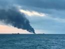 Hai tàu bốc cháy ngoài khơi Crimea, 14 người thiệt mạng
