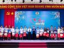 """Chủ tịch Quốc hội dự """"Tết sum vầy"""" với công nhân Bình Dương"""