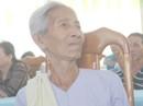 Nhiều cụ bà khóc nghẹn vì nhận căn nhà mơ ước đón Tết