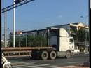 Đà Nẵng: Trích xuất camera xử phạt đoàn xe container ngang nhiên vượt đèn đỏ