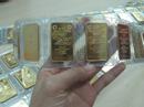 Giá vàng nhảy vọt lên mức cao nhất trong 10 tháng