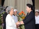 Chủ tịch Quốc hội đến viếng bà Nguyễn Thị Thu