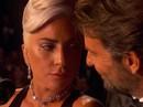 """Lady Gaga và Bradley Cooper vướng """"nghi án"""" phim giả tình thật"""