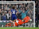 Thủ môn gây sốc cãi HLV, Chelsea vẫn thua kịch tính Man City trên chấm 11 m