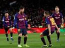 Cú đúp của Messi giúp Barcelona thoát hiểm trước Valencia