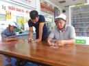 Tranh nhau mua vé số cào trúng độc đắc 300 triệu đồng ngày 30 Tết