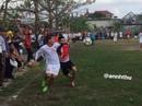 Dân làng háo hức xem Minh Vương đá khai xuân ở Thái Bình