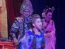 Hậu duệ tuồng cổ Huỳnh Long giữ sàn diễn sáng đèn