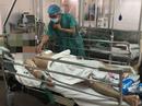 Lấy 1.000 gram máu cục trong khoang màng phổi cứu sống bệnh nhân bị đâm thấu ngực