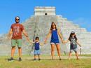 Gia đình bán hết tài sản để du lịch khắp thế giới