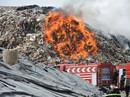 Cần nhiều ngày để dập tắt lửa trong khu xử lý rác Tóc Tiên