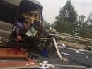 2 ô tô tông nhau kinh hoàng trên cao tốc Pháp Vân-Cầu Giẽ, 3 người thương vong