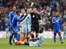 """Chelsea được trọng tài 2 phen """"giải cứu"""", Cardiff ấm ức chờ rớt hạng"""