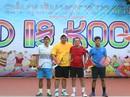 """Quyên góp 160 triệu đồng từ Giải Tennis từ thiện """"Kind is Kool"""" mở rộng"""