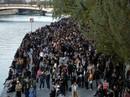 Cháy Nhà thờ Đức Bà Paris: Các lãnh đạo thế giới đề nghị hỗ trợ Pháp