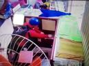 Clip: Kẻ giả gái đi cướp tiệm vàng nhận cái kết đắng