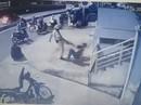 """Hai người bị CSGT chĩa súng, đá vào mặt là """"quái xế"""""""