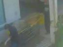 Phát hiện thi thể bốc mùi dưới hầm thang máy bệnh viện