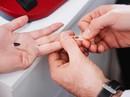 Kẻ dùng vật nhọn đâm khiến nhiều người điều trị phơi nhiễm HIV khai gì?