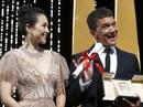 """Chương Tử Di khoe khéo """"vòng một"""" ở ngày cuối Liên hoan Phim Cannes"""