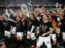 Đá bay Barcelona, Valencia nghẹt thở đoạt Cúp Nhà vua
