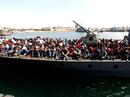 Chìm thuyền, 230 người chết và mất tích