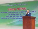 """Hơn 1.200 học sinh nghỉ học đón """"nhà báo quốc tế, tiến sĩ"""" Lê Hoàng Anh Tuấn"""