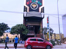 Nam thanh niên 20 tuổi đâm chết 1 nhân viên quán karaoke ở Quất Lâm