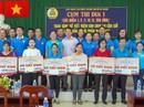 Tặng sổ kiết kiệm cho CNVC-LĐ khó khăn huyện Cần Giờ