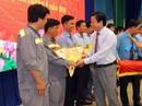 LONG AN: 400 công nhân, lao động nhận bằng khen