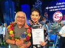 Đạo diễn Trần Minh Ngọc xúc động đón nhận Giải thưởng Sáng tạo