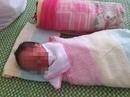 Bé trai nặng 2,6 kg bị bỏ rơi tại bệnh viện