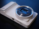 Galaxy S4 Zoom, máy ảnh kiêm smartphone