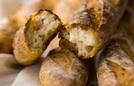 Hai công thức làm bánh mì với những nguyên liệu có sẵn trong bếp