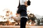 Vơ chồng nửa đời lệch pha: Vợ trẻ con, chồng người lớn