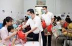 Generali trao tặng 500 phần quà cho bệnh nhi khó khăn