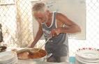 Quán cà ri Ấn Độ hơn 40 năm ở miền Tây 'lạ, ngon' bởi món ăn kèm
