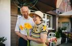 Đừng dại ly hôn khi đã già