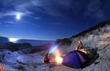 Vẻ đẹp rực rỡ của các khu cắm trại dưới những vì sao