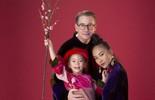 Gia đình Đoan Trang xúng xính áo dài Tết