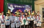 Công ty mũ bảo hiểm Á Châu cùng dàn sao Việt hướng về miền Trung